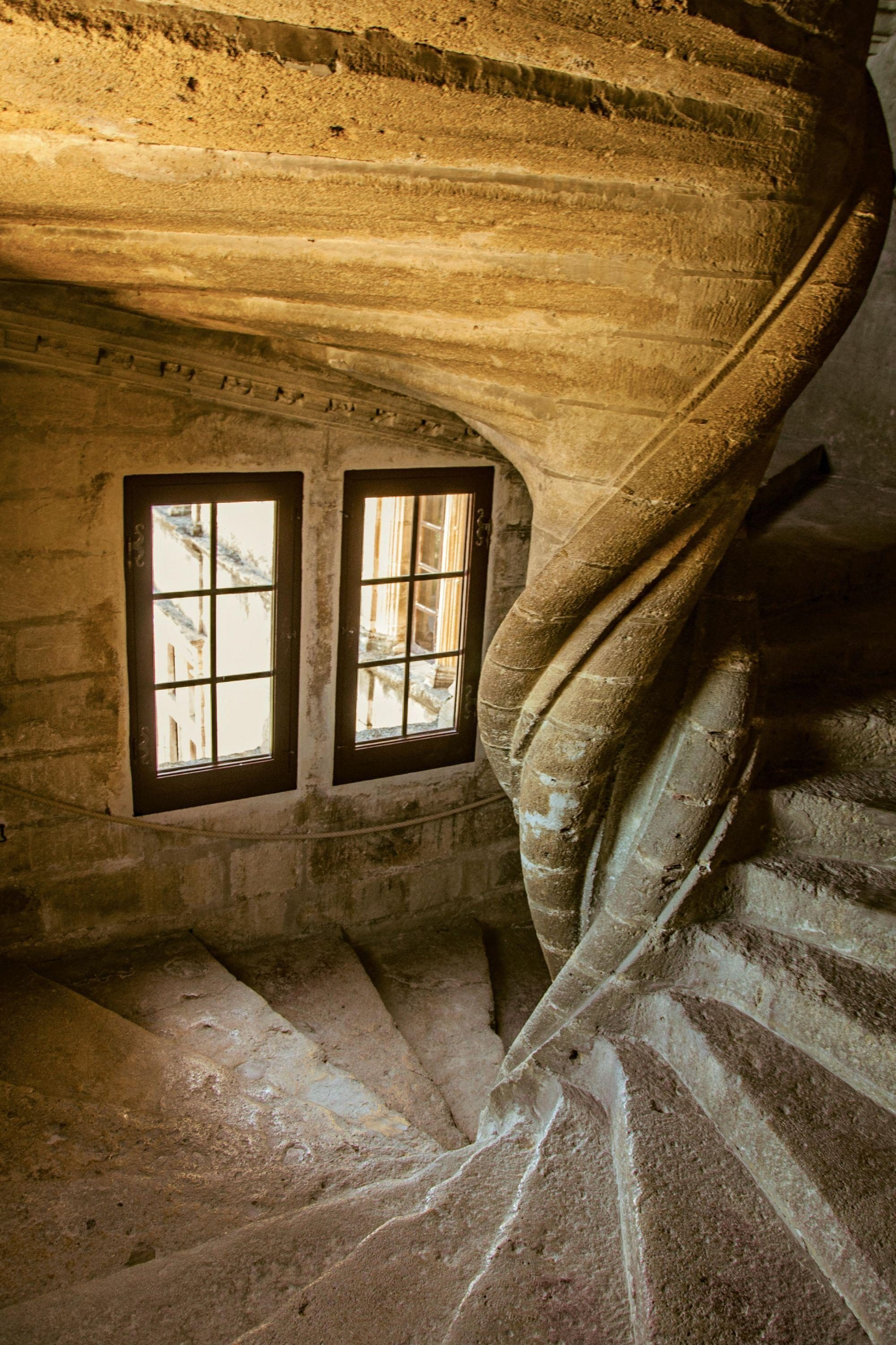 History of Spiral Staircase, image Lourmarin Castle