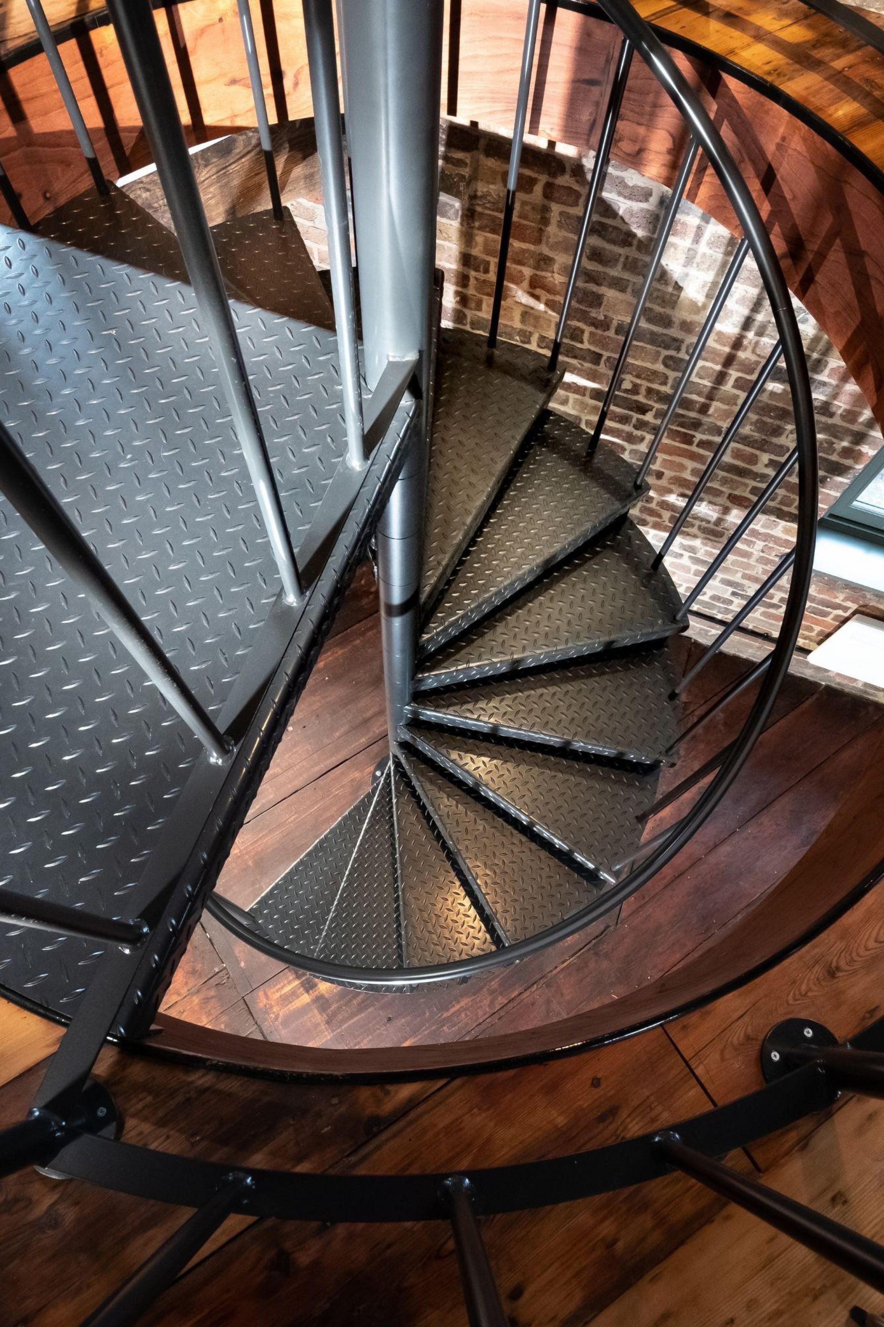 Internal spiral staircase