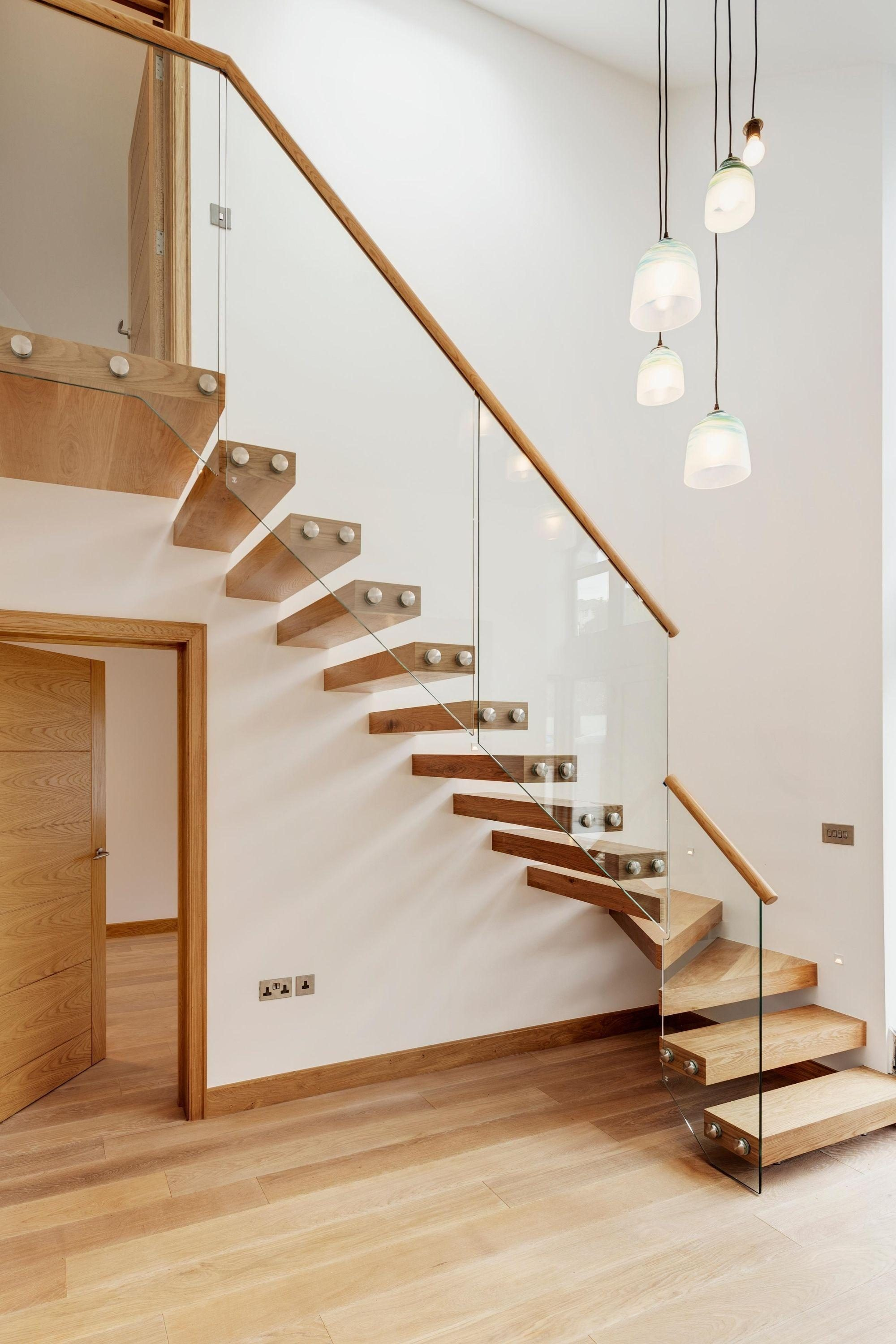 Cantilever staircase with oak treads