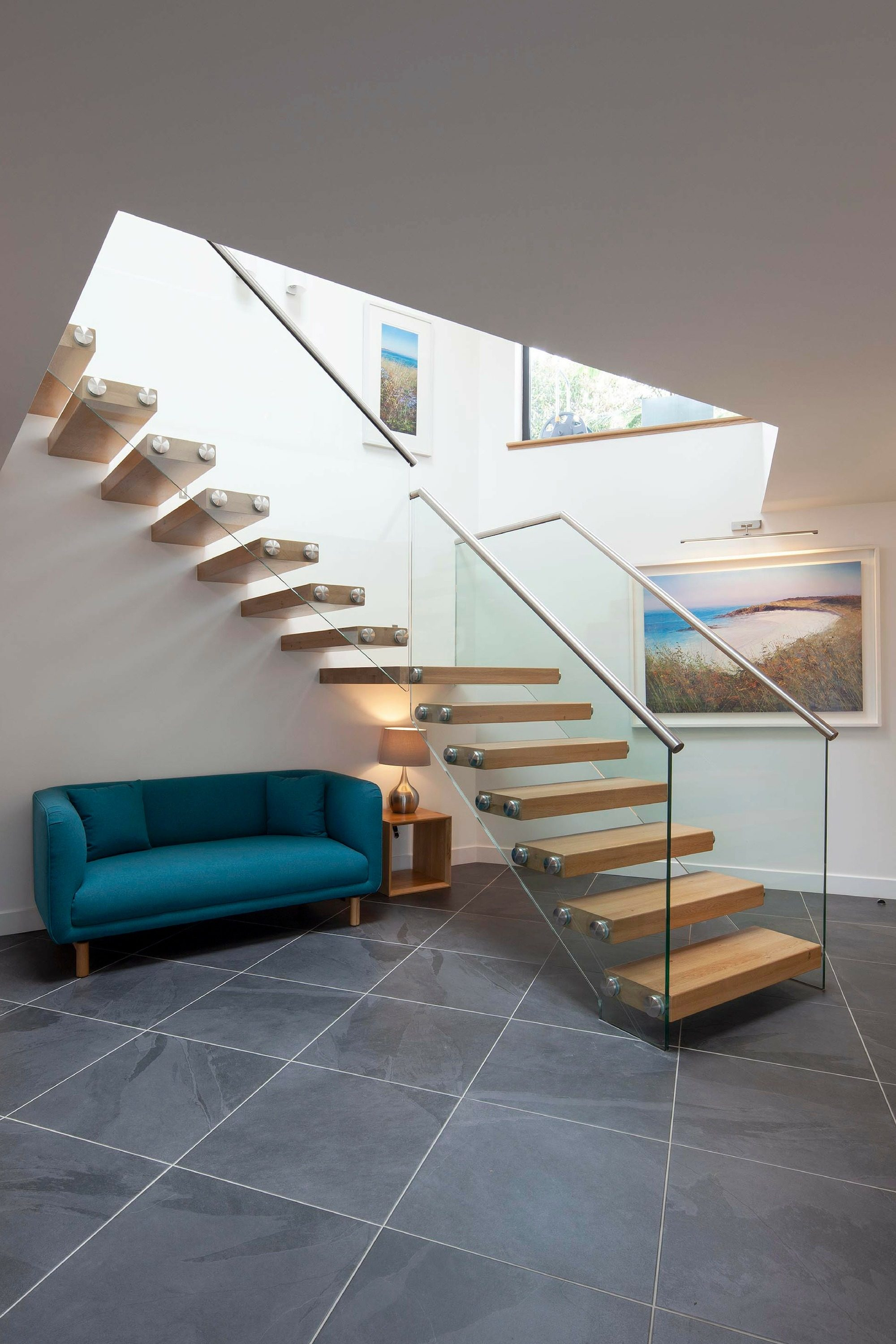 cantilever staircase floating stairs staircase design ideas rh spiral uk com