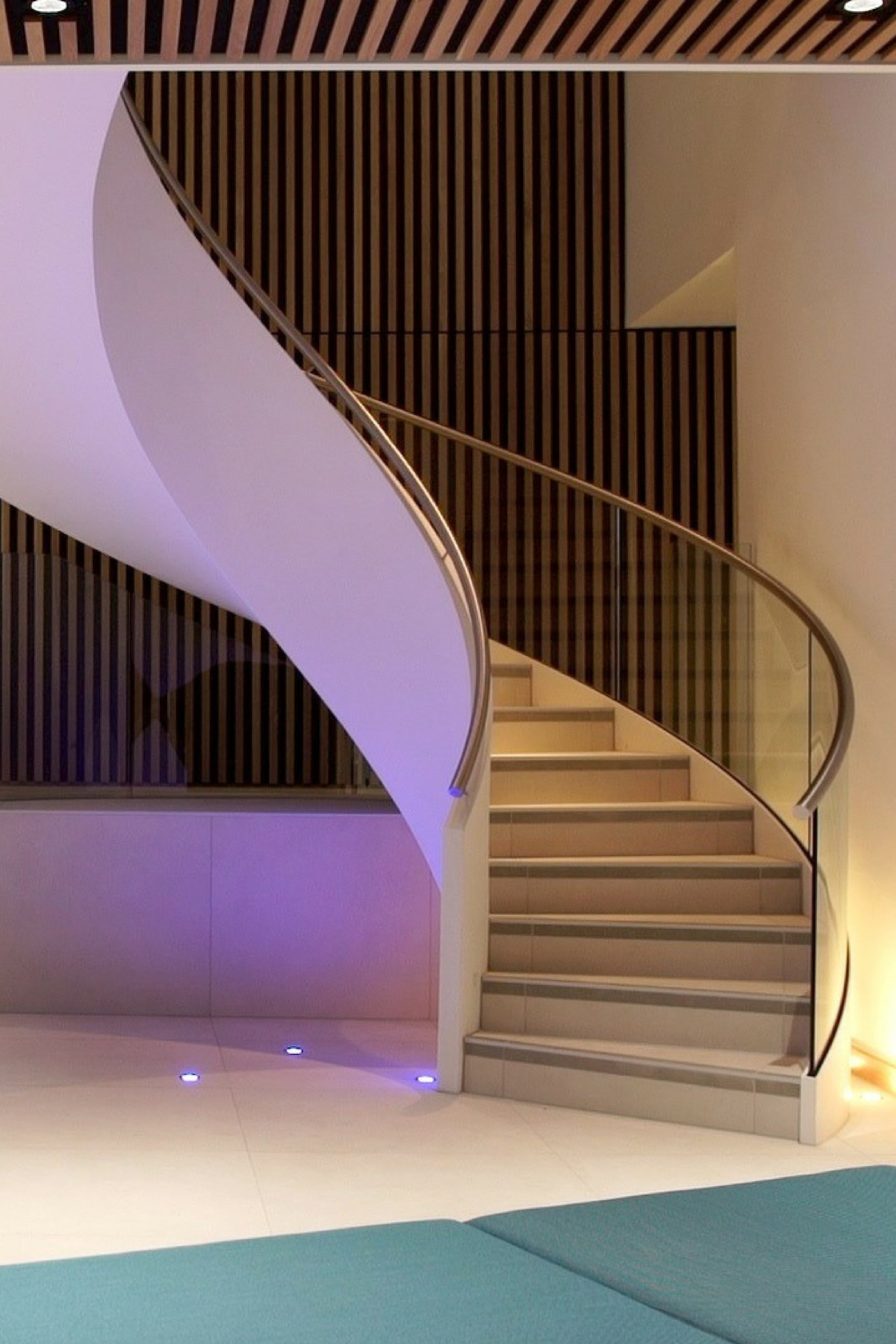 Commercial helical staircase