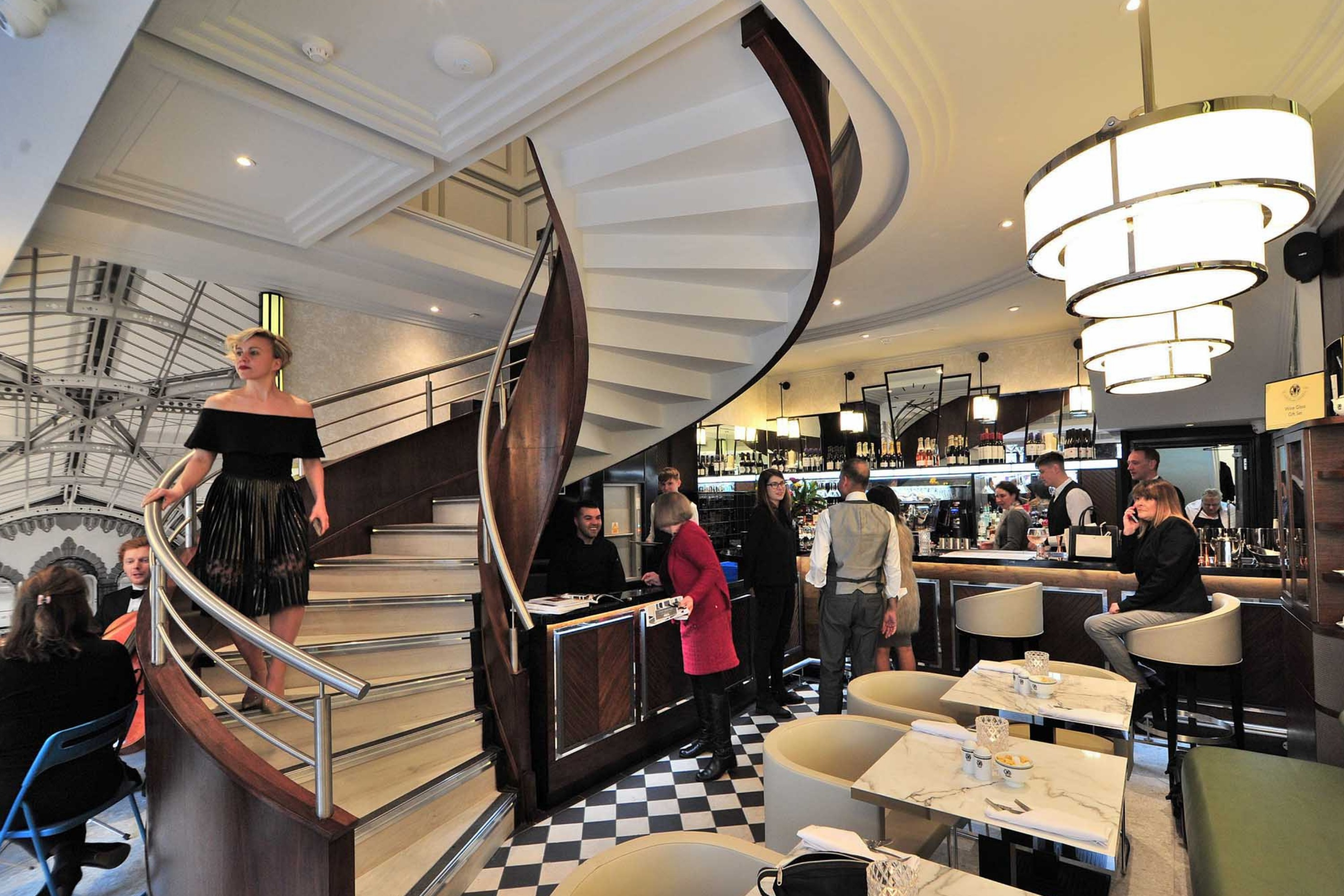 Art deco helical stair