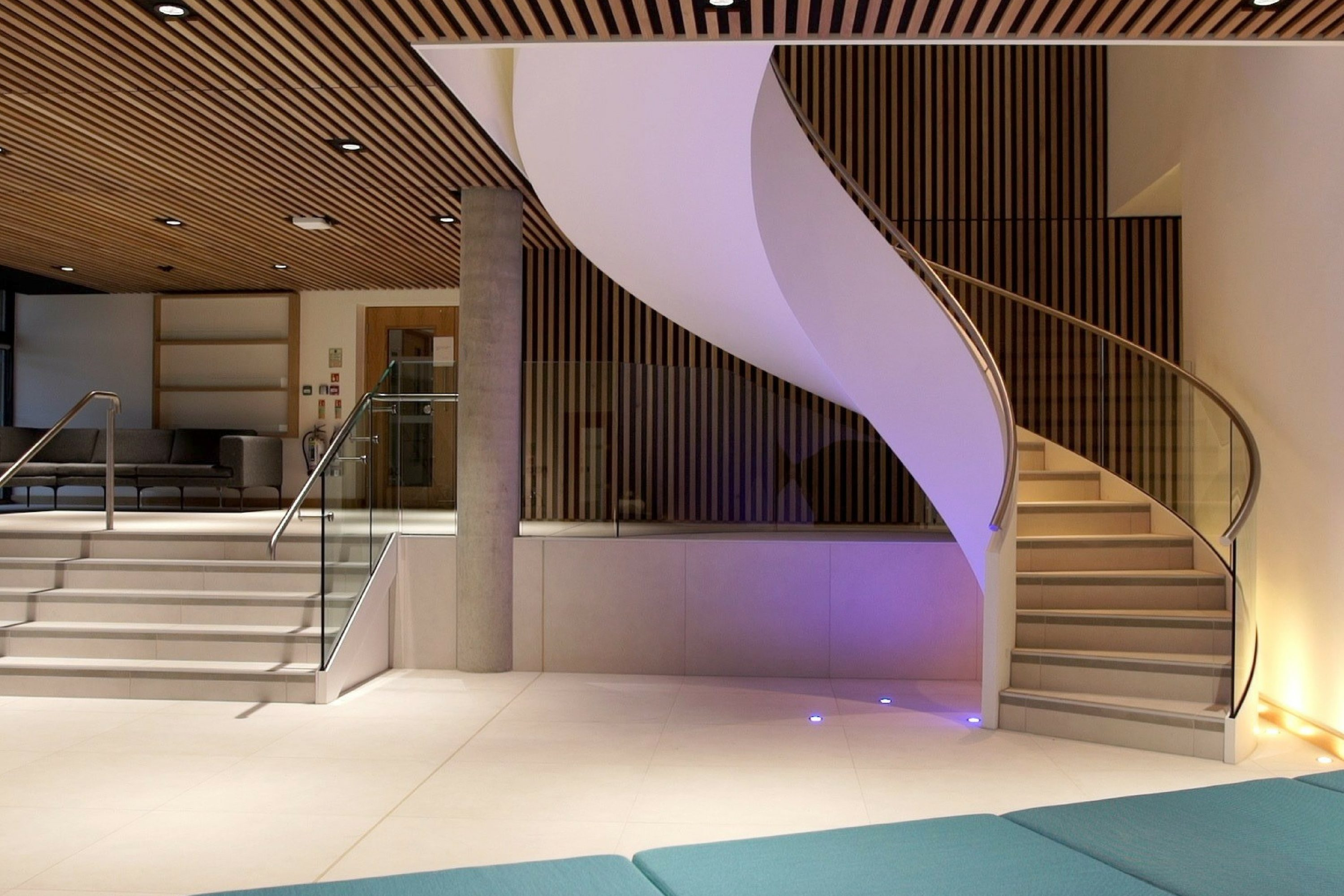 Helical entrance staircase