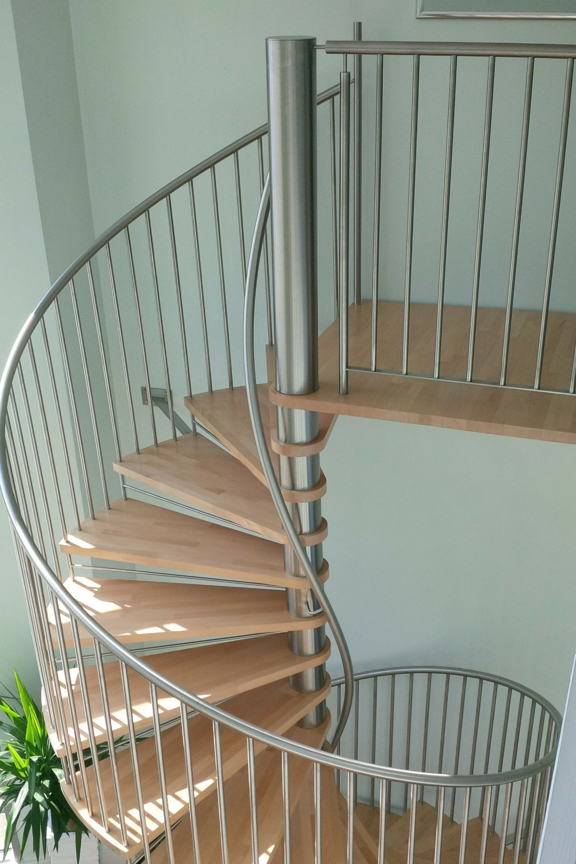 Elite spiral staircase with balustrade