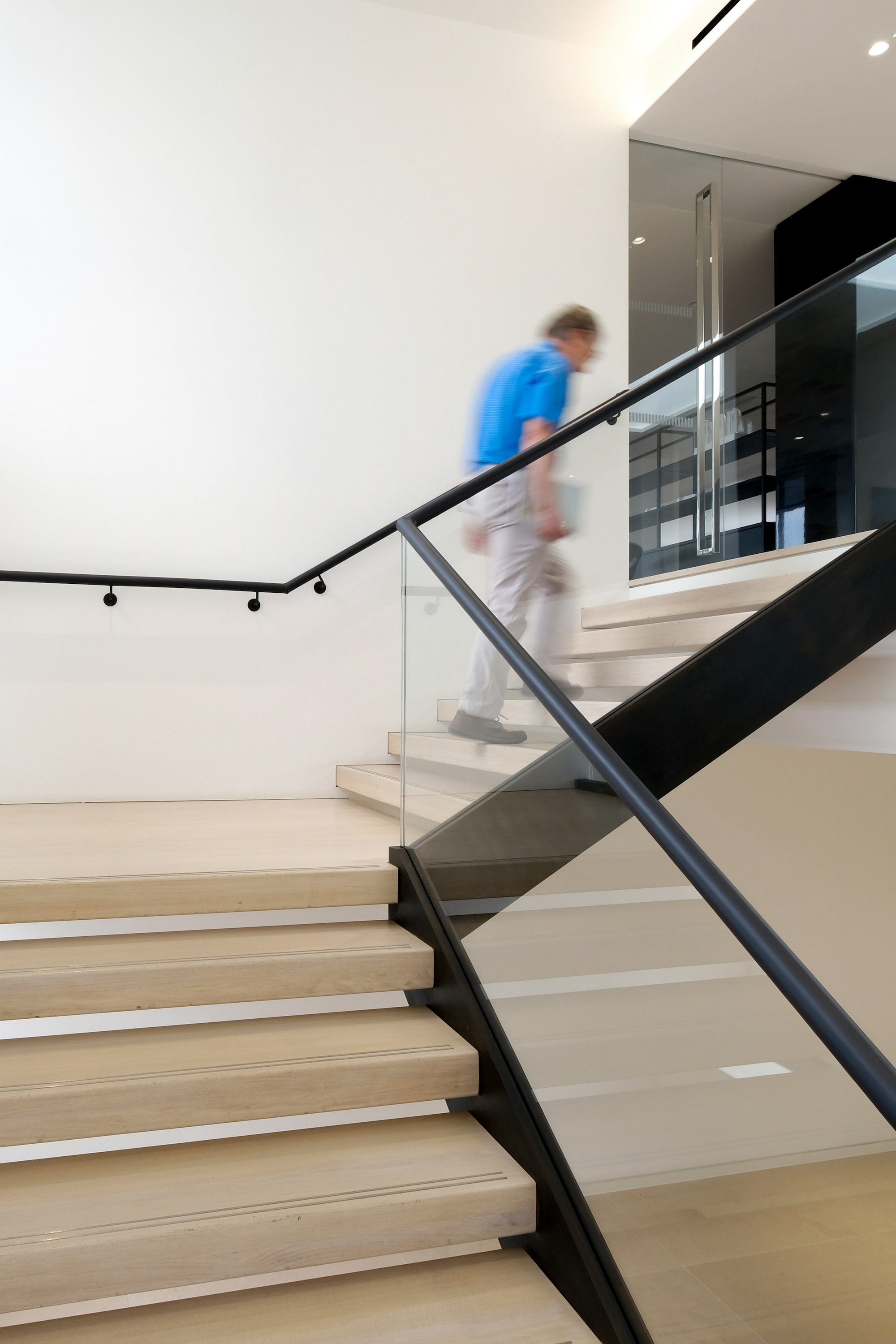Glass balustrade on office staircase