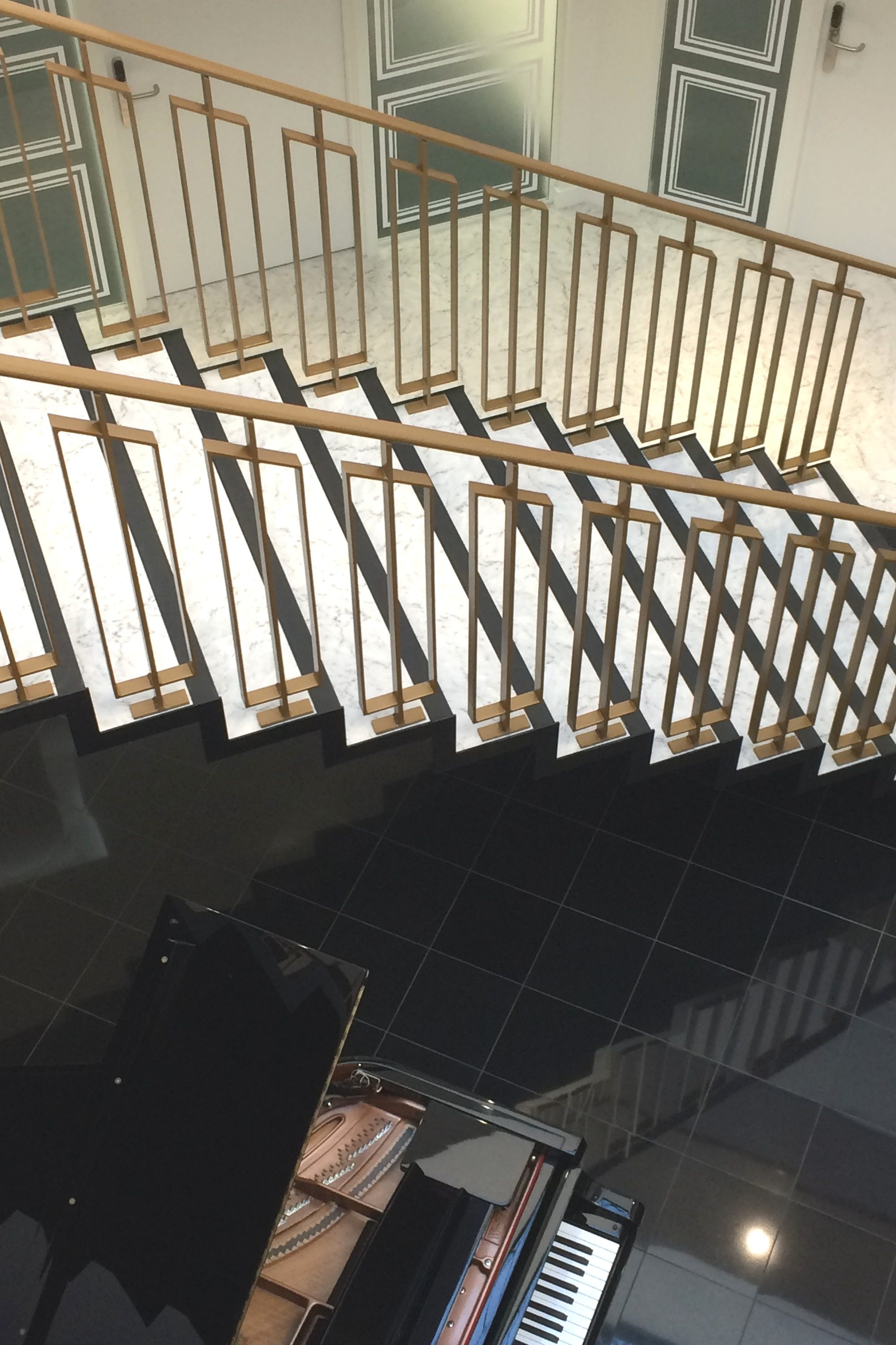 balustrade on straight staircase